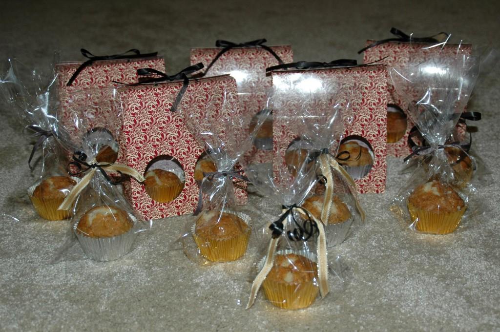 Volcano carrot cupcakes: Birthday favors
